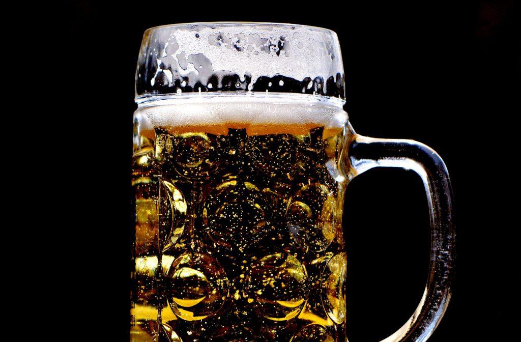 Cannabis-legalisation-reduces-binge-drinking