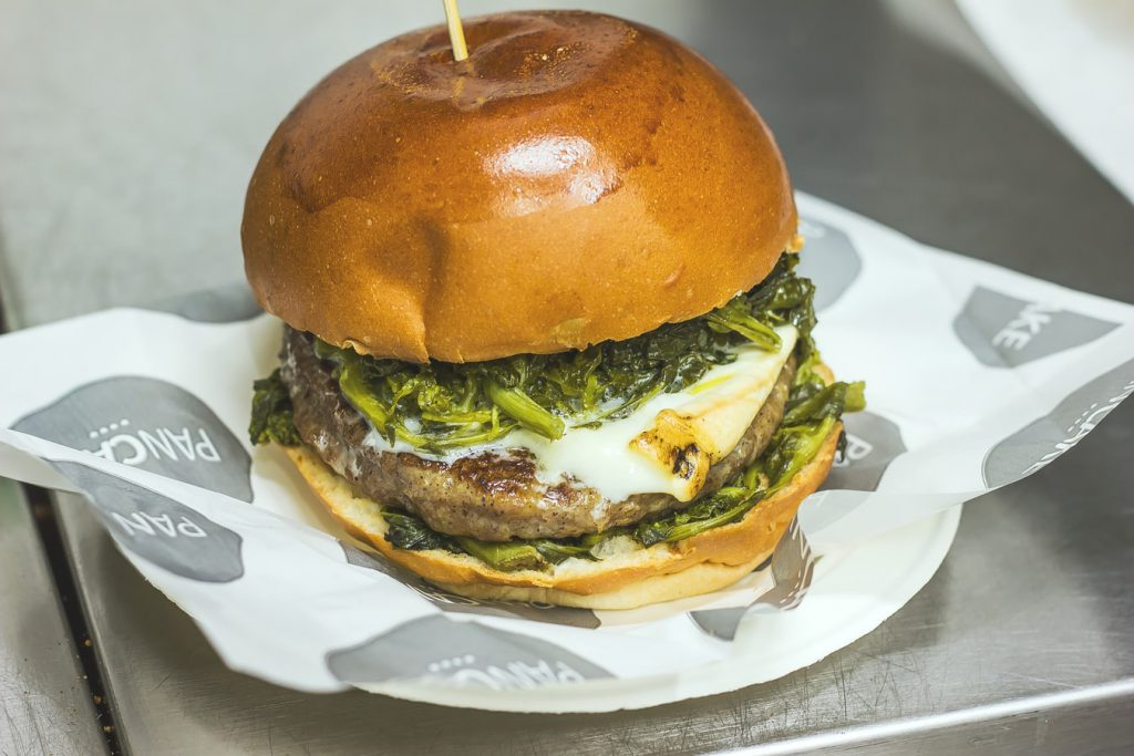 The-US-Now-Has-Its-First-CBD-Infused-Fast-Food-Joint-Called-Illegal-Burger