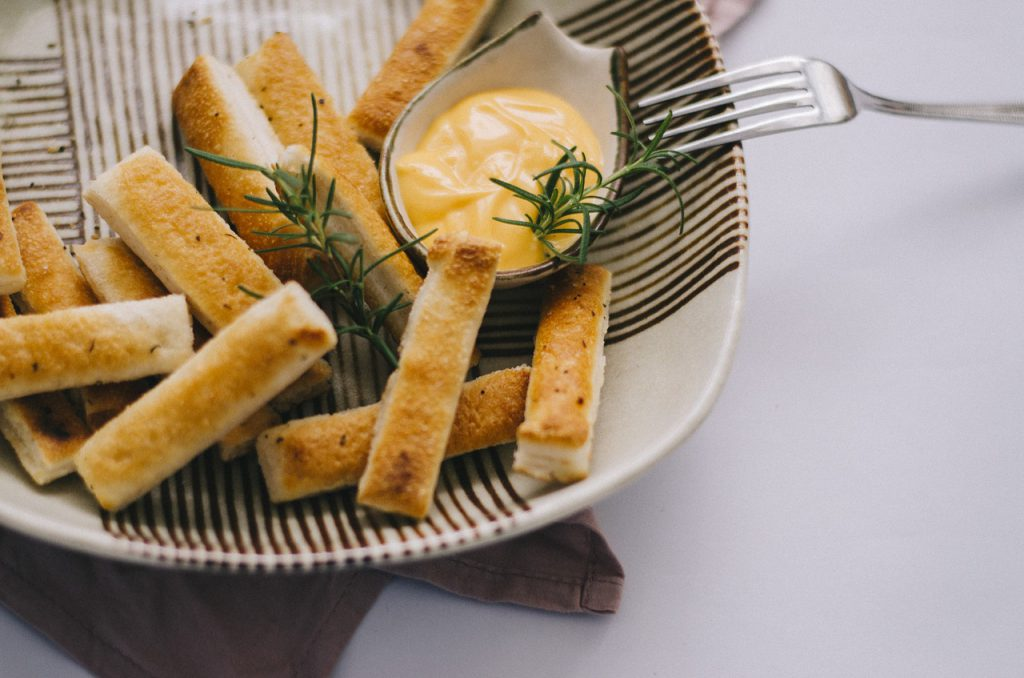 Simple Recipe For Ganja Garlic Breadsticks